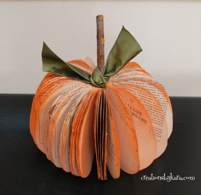 book-page-pumpkin-034-400x388.jpg