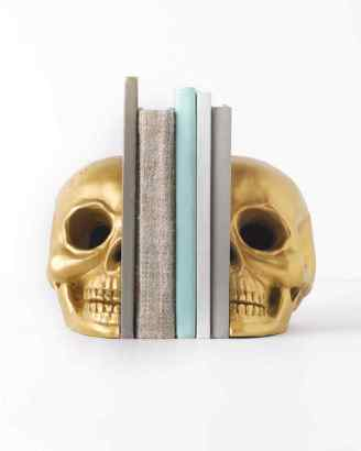 gold-skull-bookends-0917_vert