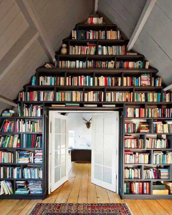 24-Insanely-Beautiful-Wall-Bookshelves-For-Enthusiast-Readers-homesthetics-decor-17